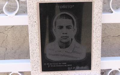 José Antonio Elena Rodríguez de 16 años, recibi&oac...