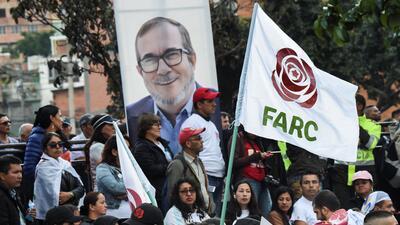 Seguidores del partido político de las FARC el día del lanzamiento de la...