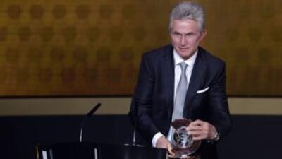 El ahora técnico retirado fue elegido como el mejor del 2013, ganando el...