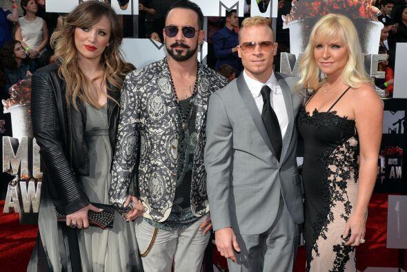 AJ y Brian de los Backstreet Boys.   Mira aquí los videos más chismosos.