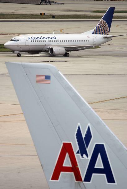 UNITED CONTINENTAL- La compañía número uno en transporte aéreo tuvo un b...