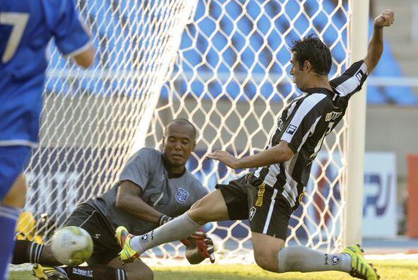 Botafogo no dejó de presionar el marco rival durante los noventa minutos.
