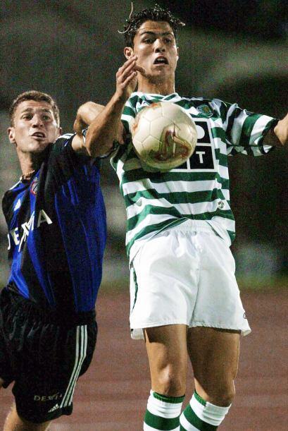 En el minuto 58 del Sporting-Inter, el entrenador rumano László Bölöni s...