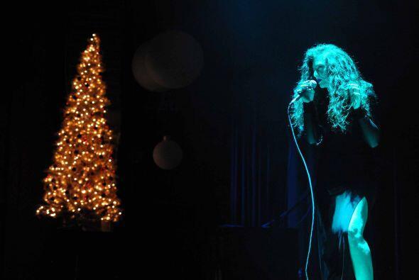 Estos artirtas fueron invitados a un concierto acústico navide&nt...