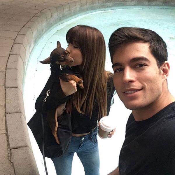 Danilo Carrera y su pareja Ángela Rincón