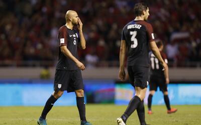 Herediano goleó al Saprissa y es el nuevo líder del torneo costarricense...