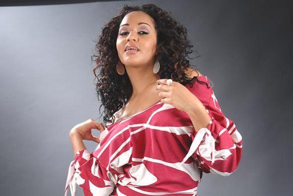 A la modelo veterana de 'Sábado' le gusta combinar su ropa con los acces...