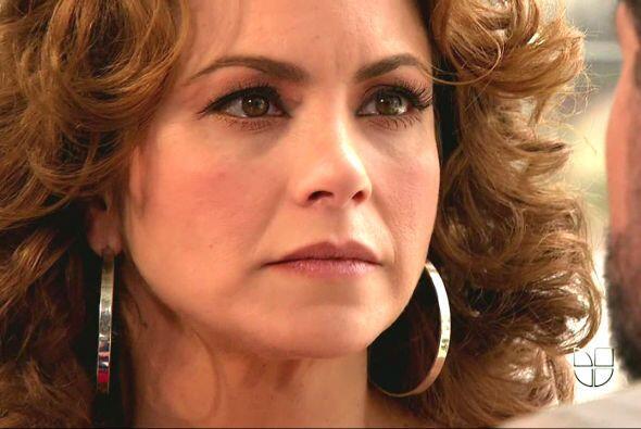 "En ""Por Ella Soy Eva"" Lucero interpretó a una madre soltera."