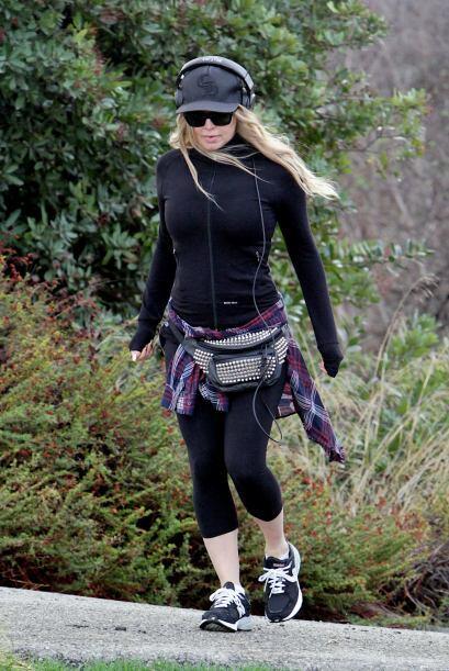 Fergie se esfuerza por recuperar sus curvas. Más videos de Chisme...