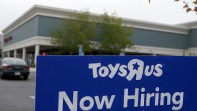 Los empleadores están despidiendo menos trabajadores y han intensificado...