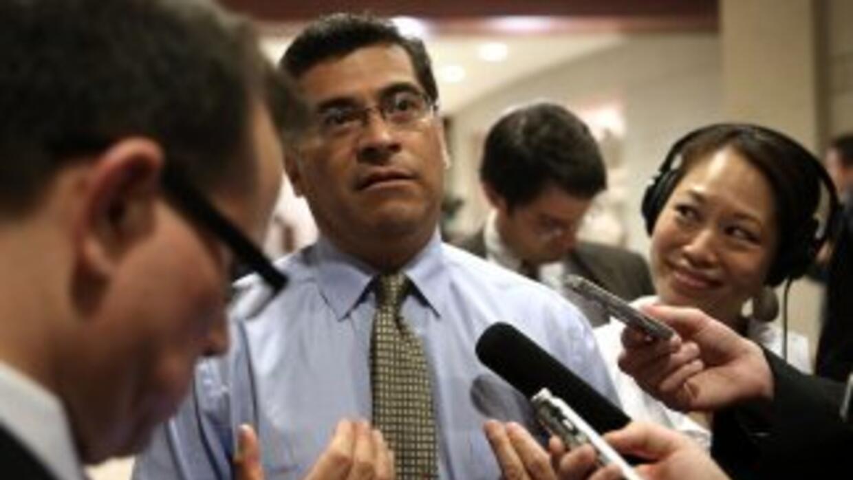 El congresista Xavier Becerra (California), líder de la bancada demócrat...