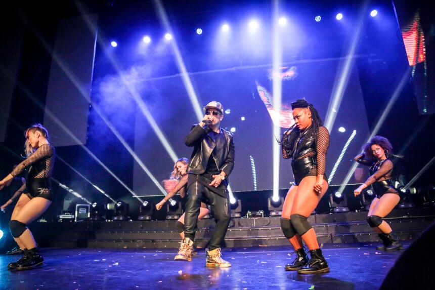 Yandel brilló con su presentación en el concierto privado de K-Love y Ni...