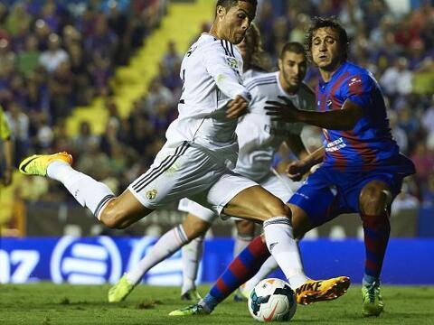 El Real Madrid se llevó un triunfio ajustado del campo del Levant...