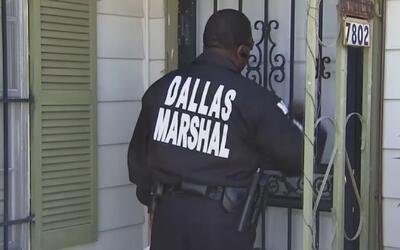 Autoridades de todo el estado de Texas están en busca de infractores mor...
