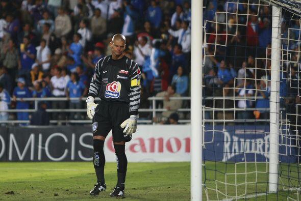 En el fútbol mexicano también ha habido algunos casos de retiros apresur...