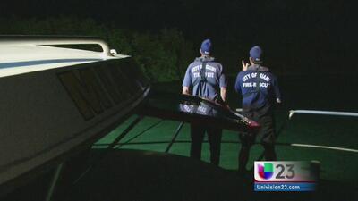 Buscan joven que desapareció cuando montaba kayak