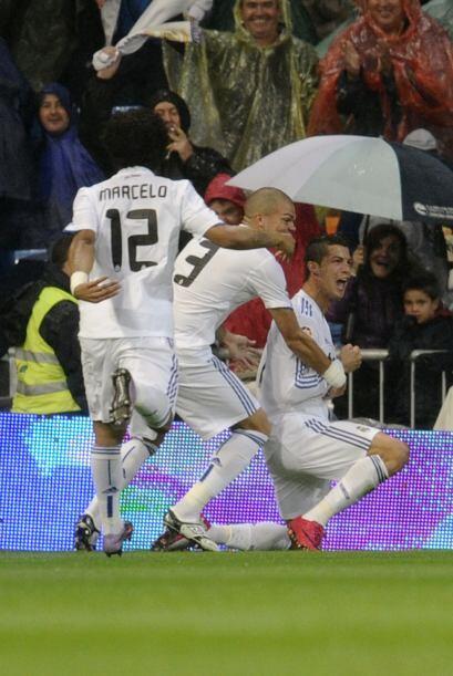 La Liga española se apretó con la victoria del Real Madrid y la igualada...