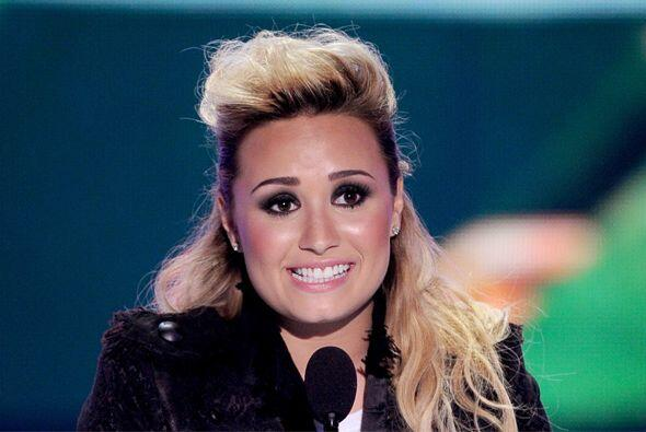 Ok, sí, conocemos a Demi Lovato desde que era una nena. Y también tiene...