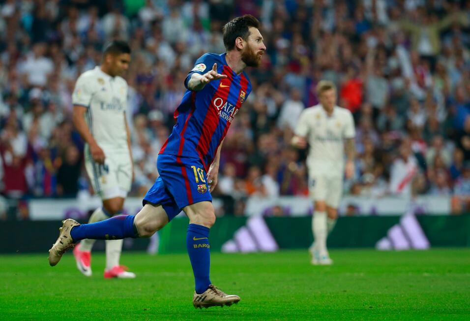 Barcelona vence al Atlético y se acerca aún más al título gettyimages-67...