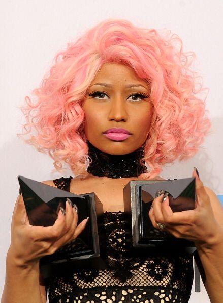 De los mil y un colores que ha usado Nicki Minaj en la cabeza, el rosado...