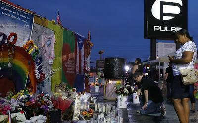 Ceremonia privada en el club Pulse en honor a las víctimas de la masacre