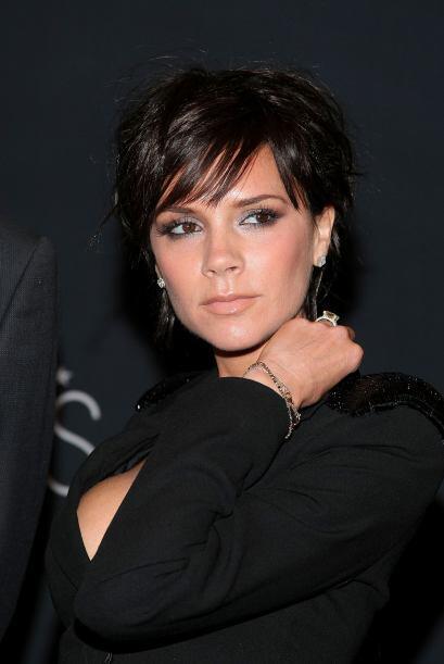 La muy hermosa y exitosa Victoria Beckham 731f4783ddc34a289931830b1d0e07...