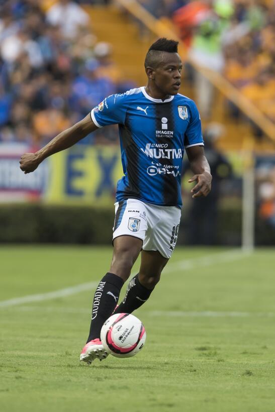 Mediocampista: Yerson Candelo (Club Querétaro) - un gol, un remate a gol...