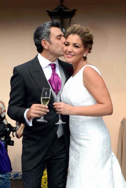 Hector y Paulina unieron sus vidas en una boda de ensueño.