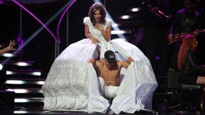 El día que Alejandra Espinoza tenía un hombre bajo su falda (y no era Matteo)