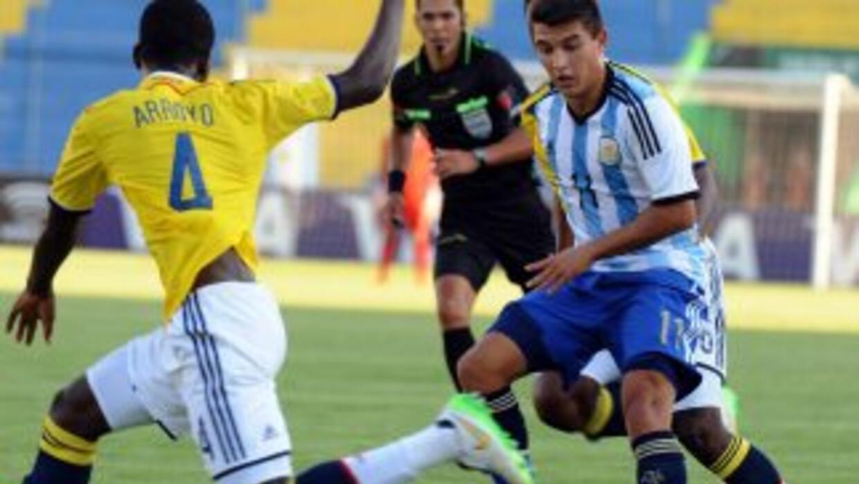 Con la paridad, Argentina lidera cómodo el hexagonal con 7 puntos. Colom...