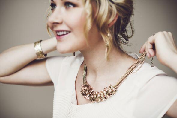 Florencia aconseja recurrir a un 'statement necklace' que dirija las mir...