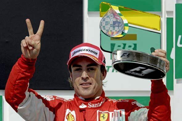Alonso quedó feliz con su tercer puesto, que le permitirá llegar como lí...