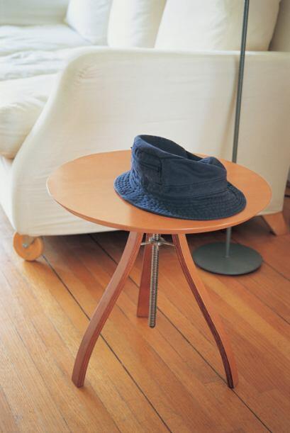 Mesa ratona. Una mesa cuadrada o rectangular no permite que la energ&iac...