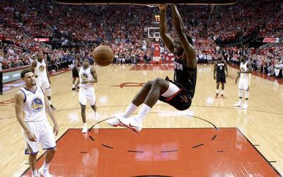 Los Rockets fueron más fuertes en el Juego 5 y se ponen 3-2 sobre...