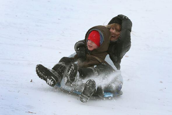 Los meteorólogos prevén nieve, bajas temperaturas y fuertes vientos que...