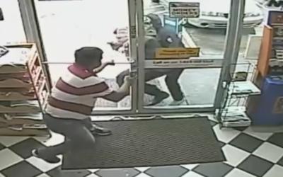 Un comerciante fue atacado en junio del año pasado en una gasolin...