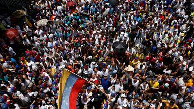 En fotos: Cientos de miles de venezolanos salen a la calle para exigir que el referendo revocatorio se celebre este año