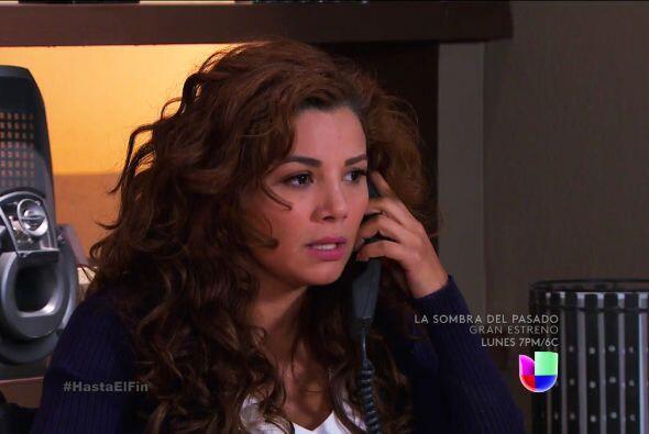 ¿Estás segura que Araceli te ayudará en la demanda? Ella tampoco ve con...