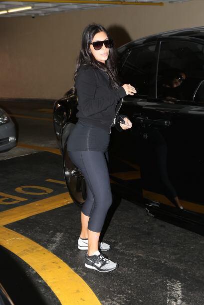 Al paso de un par de horas Kim salió del gimnasio y nos dio una sorpresi...