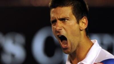Djokovik solo necesitó tres sets para sorprender a Federer.