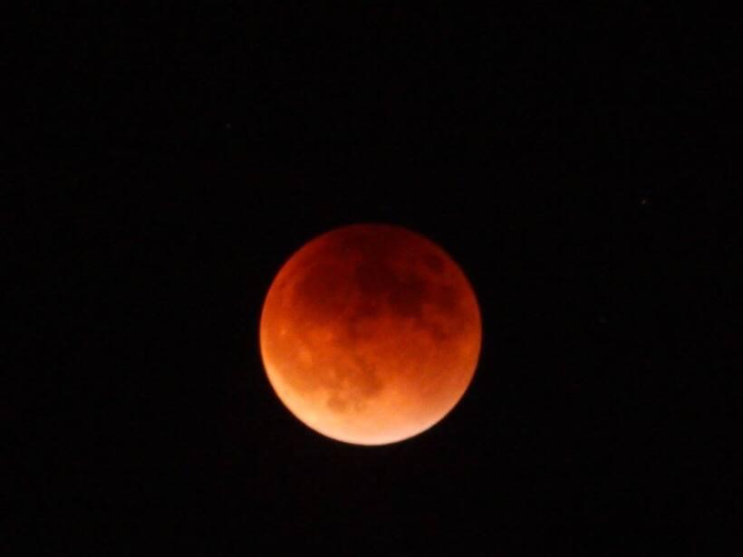 Espectaculares fotos de la Luna roja
