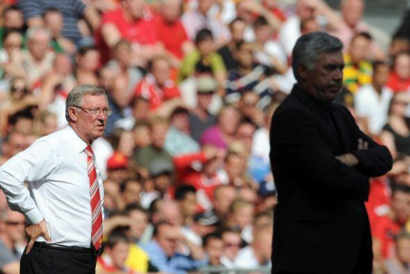 En el duelo de técnicos, Alex Ferguson estaba cerca de tomarse revancha...
