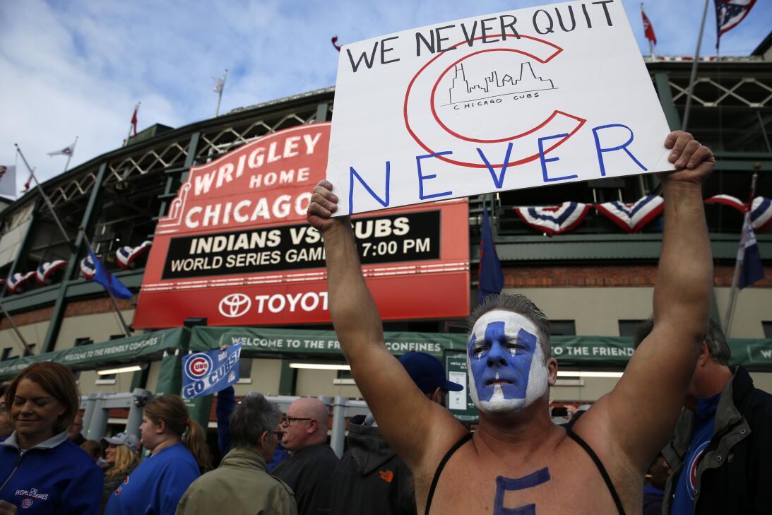 La fe inacabable de los fanáticos de Chicago Cubs  AP_16304793079691.jpg