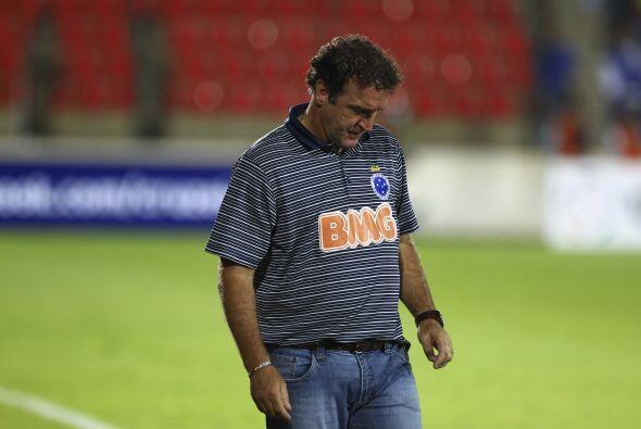 Cuca, el técnico de Cruzeiro busca una explicación a la derrota. Su equi...