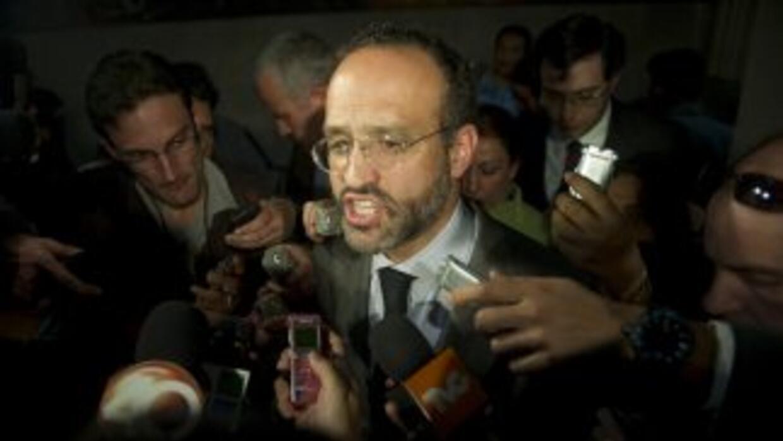 Agustín Acosta, abogado de Florence Cassez.