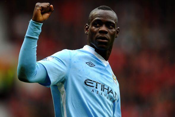 'Super Mario' le hizo dos goles al United y fue imparable al frente, lid...