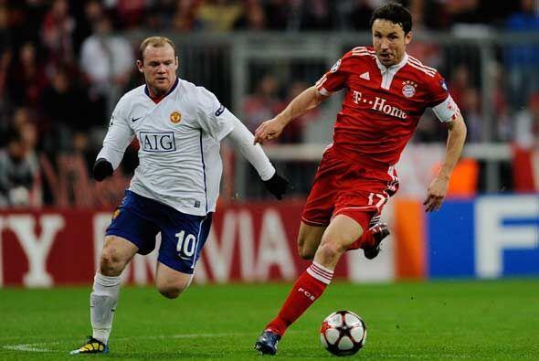 A partir de ese momento, el Bayern tomó la iniciativa buscando afanosame...