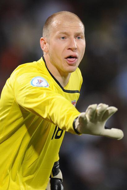 El también portero Brad Guzan se encuentra en el Aston Villa desp...