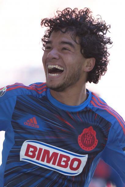 Giovani Hernández.- El medio campista del Guadalajara está aprovechando...