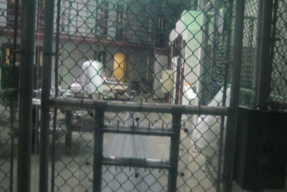 Guantánamo es una ciudad al sudeste de Cuba. En la zona se encuen...